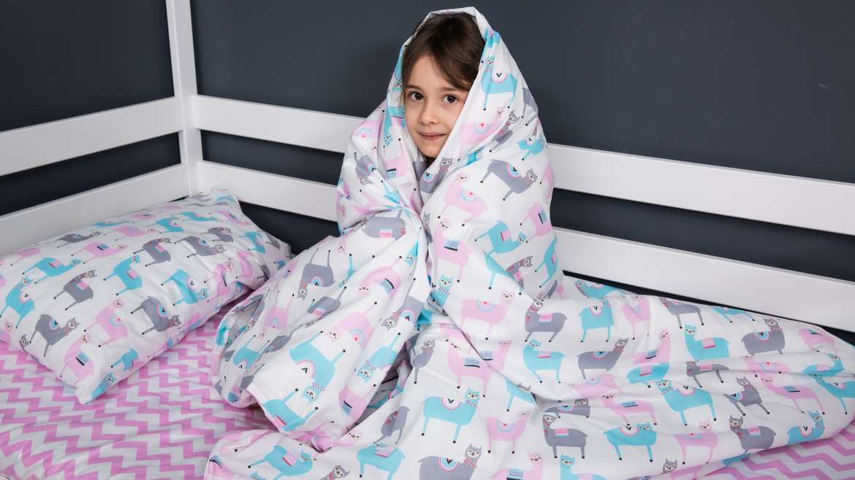 Застенчивый ребенок: что делать и как ему помочь?